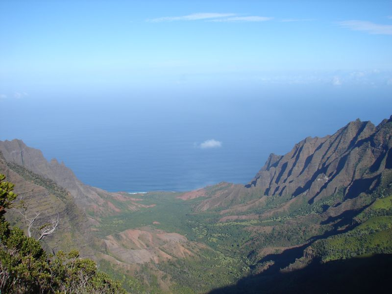 Kalalau_valley